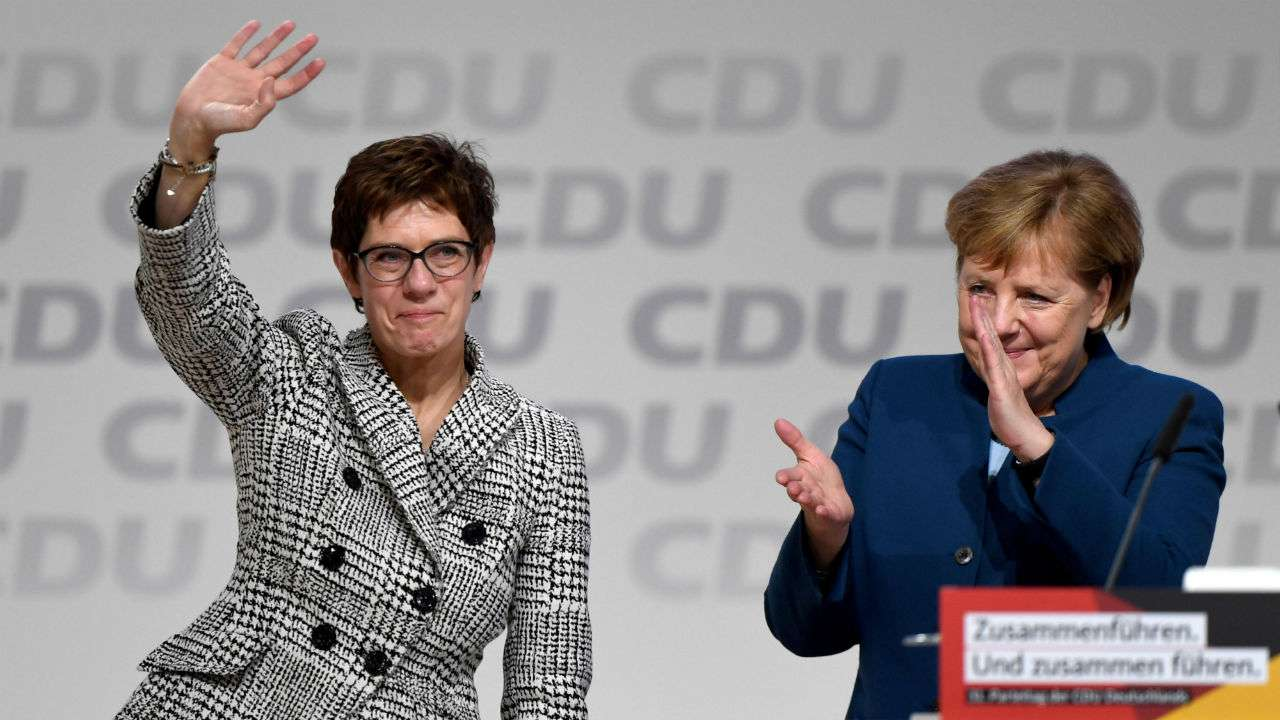 kramp-karrenbauer.jpg