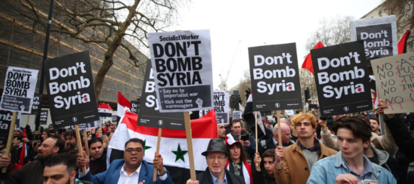 phan-doi-tan-cong-syria.png