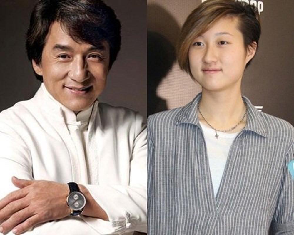 20181126-ach-thuc-bo-de-con-roi-thanh-long-khoe-anh-dang-ky-ket-hon-voi-ban-gai-dong-tinh-1.jpg