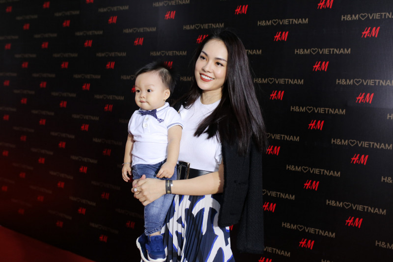 h_m-vip-party_duong-cam-lynh.jpg