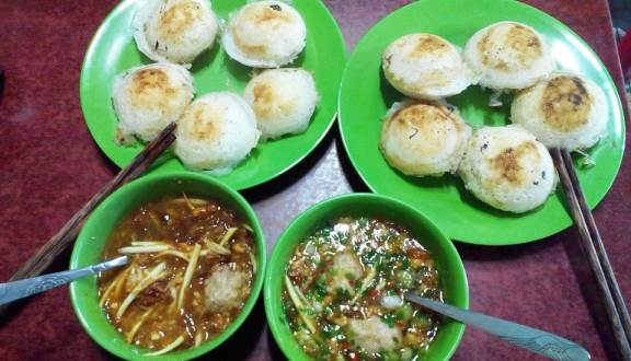 foody-mobile-foody-banh-can-xuan-245-636138772617057911.jpg