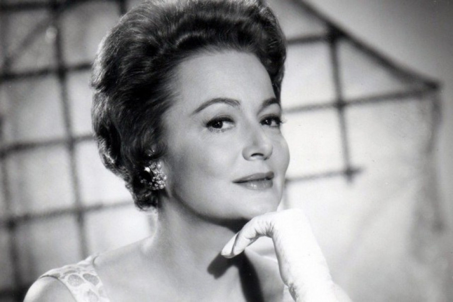 4olivia-de-havilland-cannes.jpg