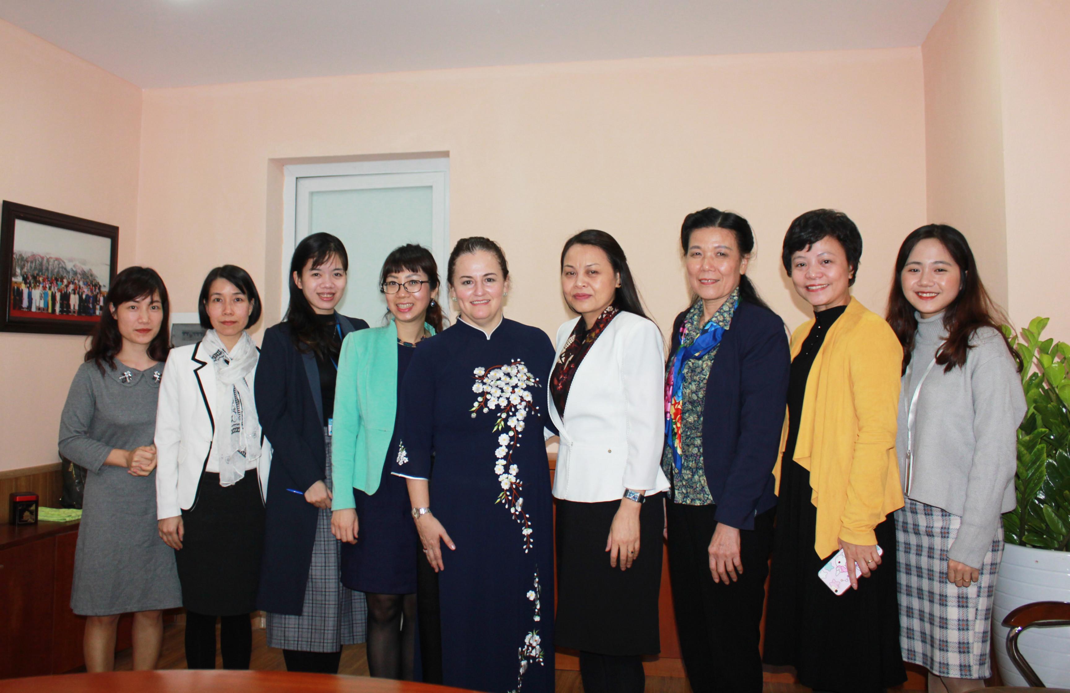 chu-tich-hoi-tiep-truong-dai-dien-un-women-2.JPG