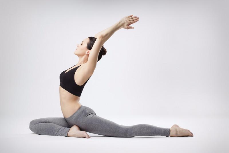 yoga_chong_dau_lung.jpg