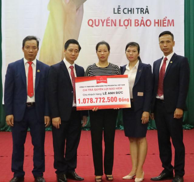 prudential-chi-tra-qlbh-kh-tai-hung-yen1.jpg