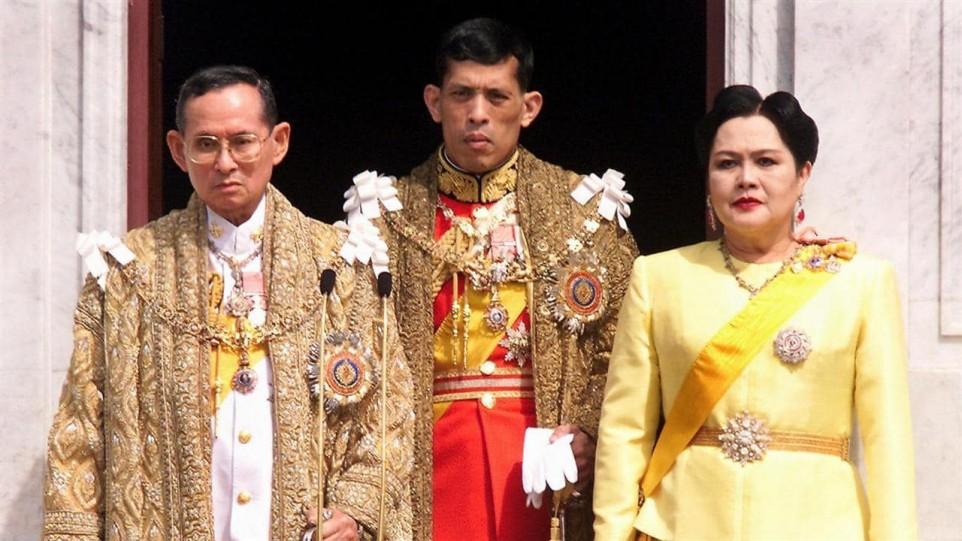 3-vua-thai-lan-3-copy.jpg