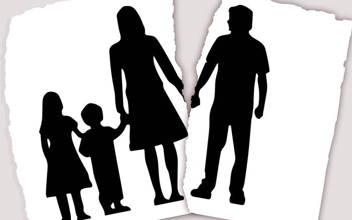 Vụ giành quyền nuôi: Bị đơn vắng mặt vì tin sẽ bị xử thua kiện - Ảnh 1.