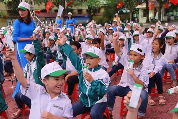 """Tỉnh Hà Nam phát động """"Chương trình Sữa học đường"""" năm học 2020-2021 - Ảnh 2."""