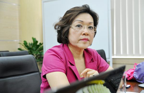 Nữ giáo sư với nhiều dấu ấn tiên phong trong ngành giáo dục - Ảnh 2.