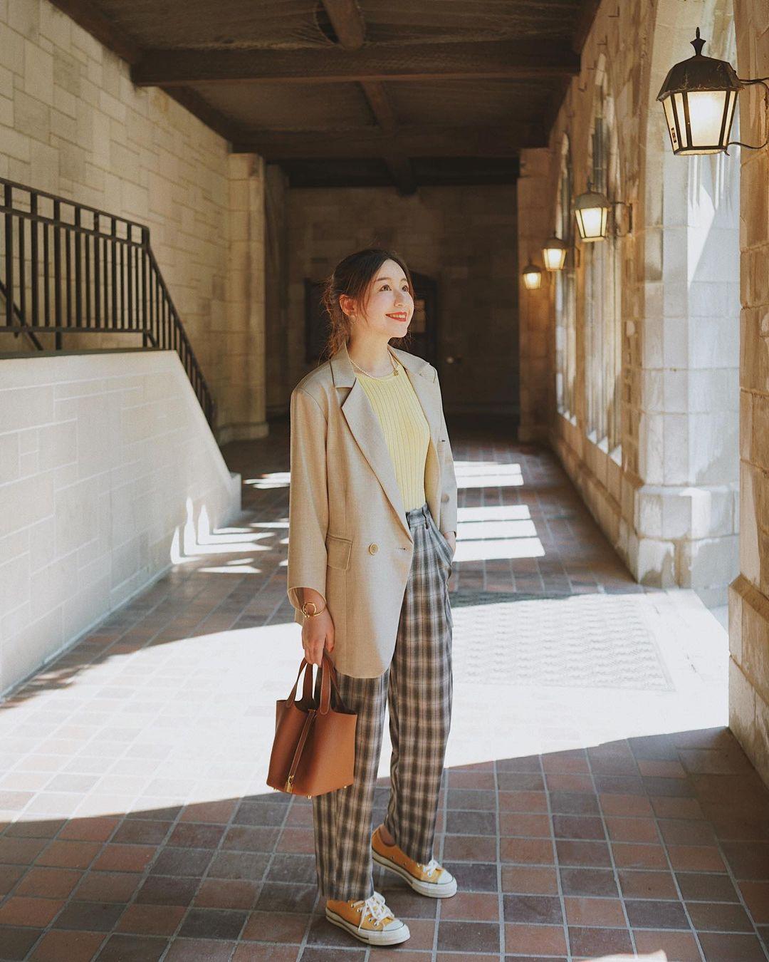Chỉ với một kiểu blazer, nàng fashionista đã mix được cả chục set đồ xịn đẹp, thấy mà chẳng muốn shopping nhiều cho phí tiền - Ảnh 7.