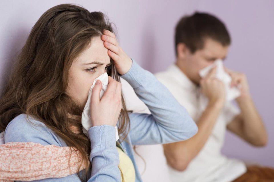 Cúm thường và cúm A: Phân biệt dấu hiệu, nguyên nhân và cách phòng tránh - Ảnh 2.