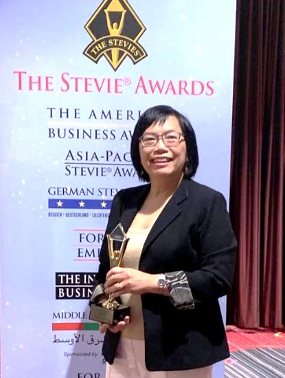 35 năm gắn bó trong ngôi nhà công nghệ HP, chị Tuyết Oanh đã từng đạt được khá nhiều giải thưởng về công nghệ