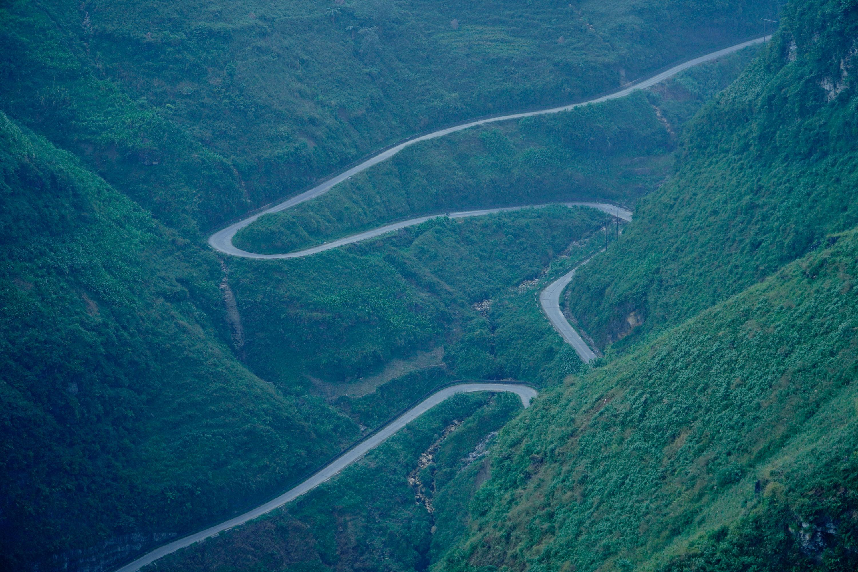 Con đường Hạnh phúc dài gần 200km, một tượng đài bất tử của đại đoàn kết dân tộc... - Ảnh 1.