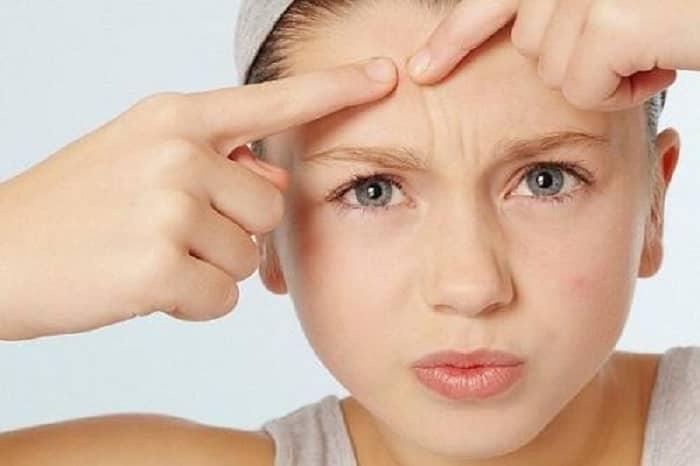 Da khô xỉn màu vào mùa đông, cần duy trì những nguyên tắc chăm sóc da nào? - Ảnh 4.