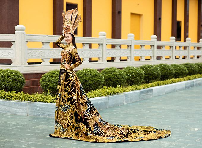 Áo dài Việt Nam thắng giải Trang phục dân tộc đẹp nhất tại cuộc thi Hoa hậu Trái đất 2020 - Ảnh 2.