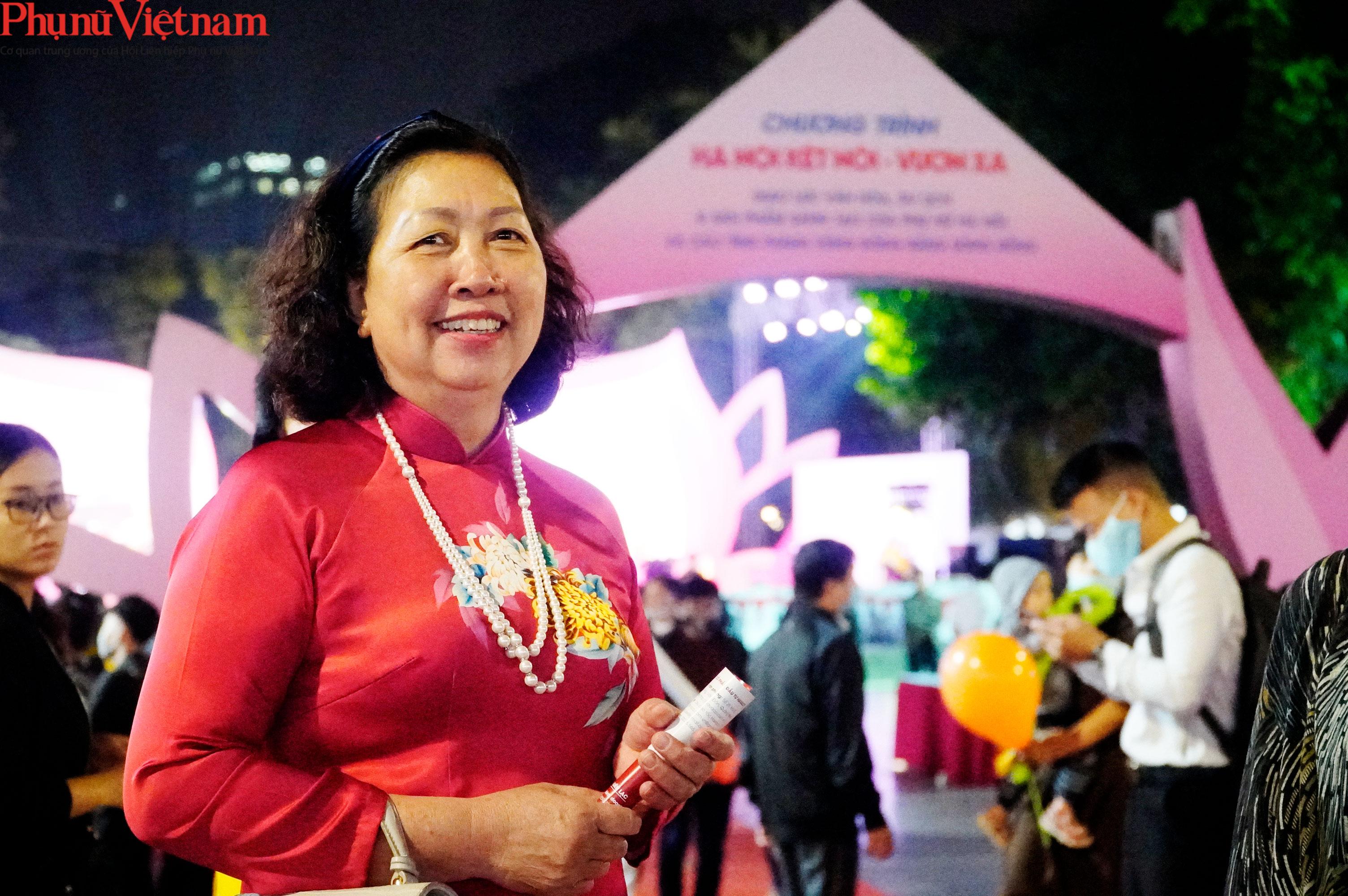 Phụ nữ Hà Nội giao lưu văn hóa, du lịch và sản phẩm sáng tạo với các tỉnh thành thuộc Đồng bằng sông Hồng - Ảnh 4.