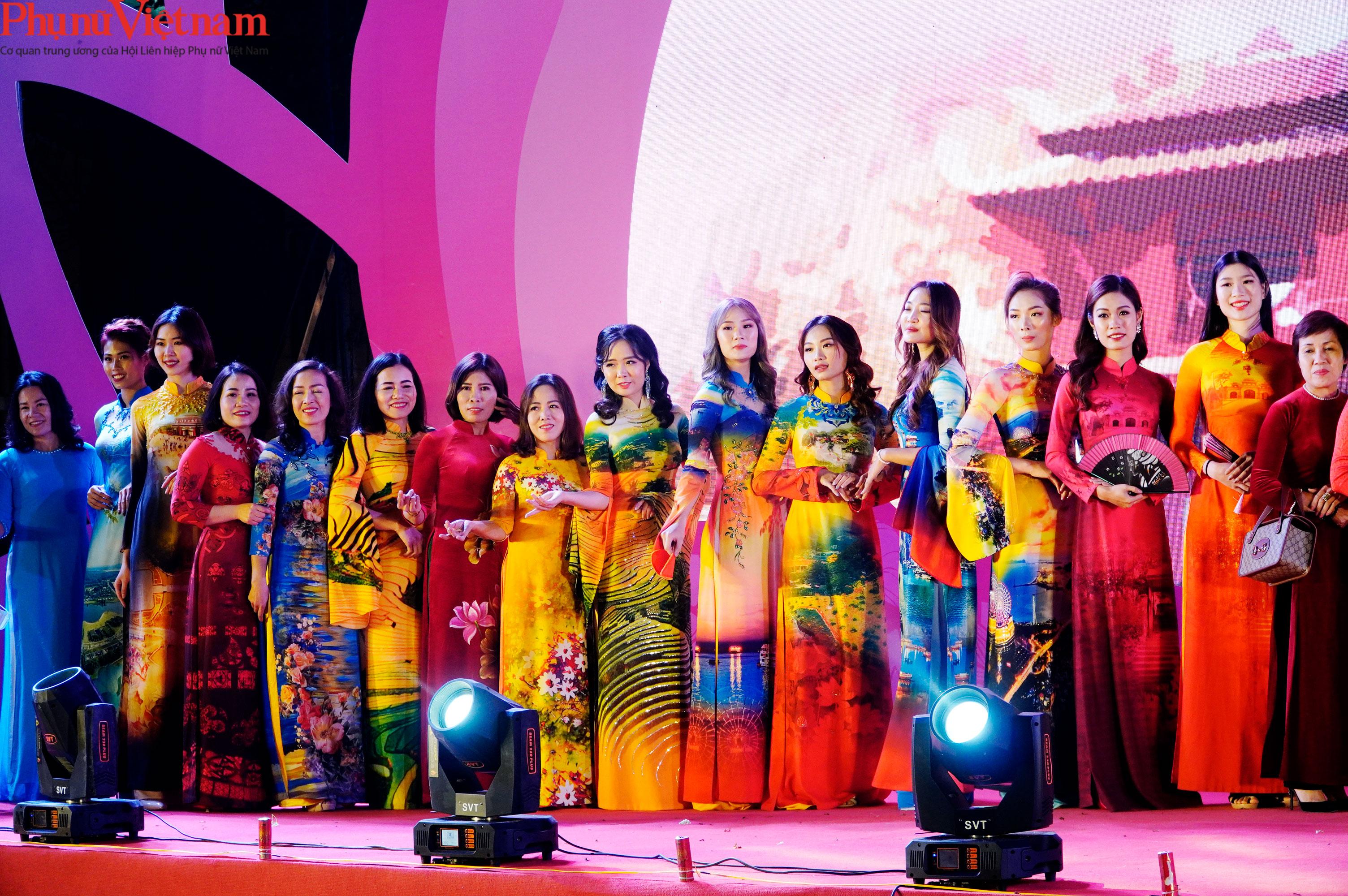 Phụ nữ Hà Nội giao lưu văn hóa, du lịch và sản phẩm sáng tạo với các tỉnh thành thuộc Đồng bằng sông Hồng - Ảnh 18.
