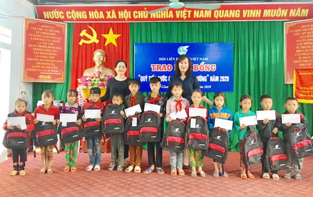 Lãnh đạo Trung ương Hội LHPN Việt Nam thăm mô hình phát triển kinh tế, dự chuỗi hoạt động tại Hà Giang - Ảnh 2.