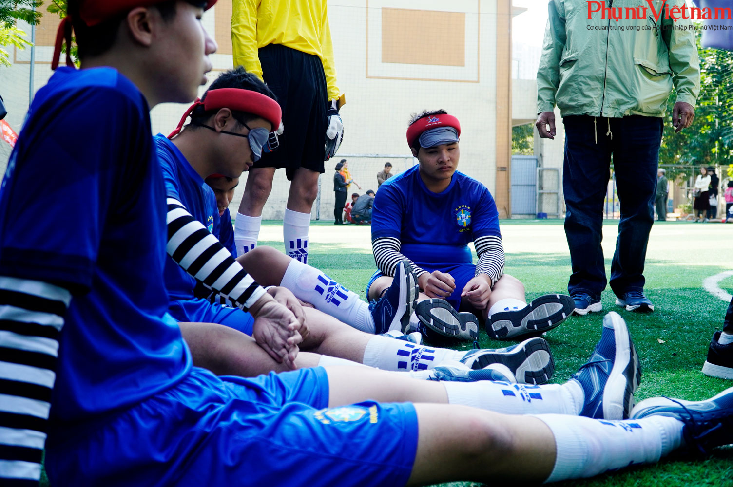 """Trận bóng đá đặc biệt của những đứa trẻ """"đá bóng bằng tai""""  - Ảnh 23."""