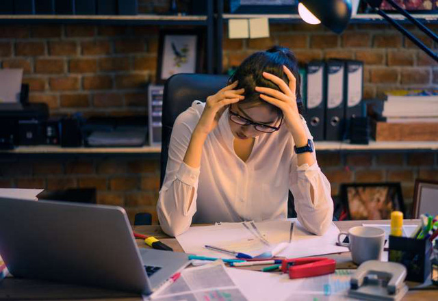 Dân văn phòng có tỷ lệ mắc tai biến mạch máu não cao: Tránh làm điều này để ngăn ngừa đột quỵ - Ảnh 2.