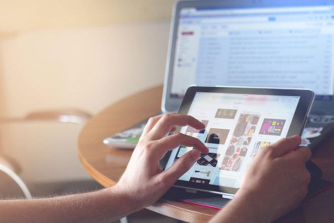 Hàng giả, hàng nhái đánh bật hàng thật trên chợ online  - Ảnh 1.