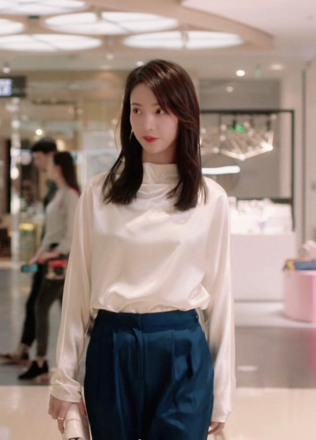 Đệ nhất mỹ nhân mặc đẹp nhất màn ảnh Hoa ngữ hiện tại: Gây bão mạng vì thay quá nhiều quần áo trong một tập phim - Ảnh 3.