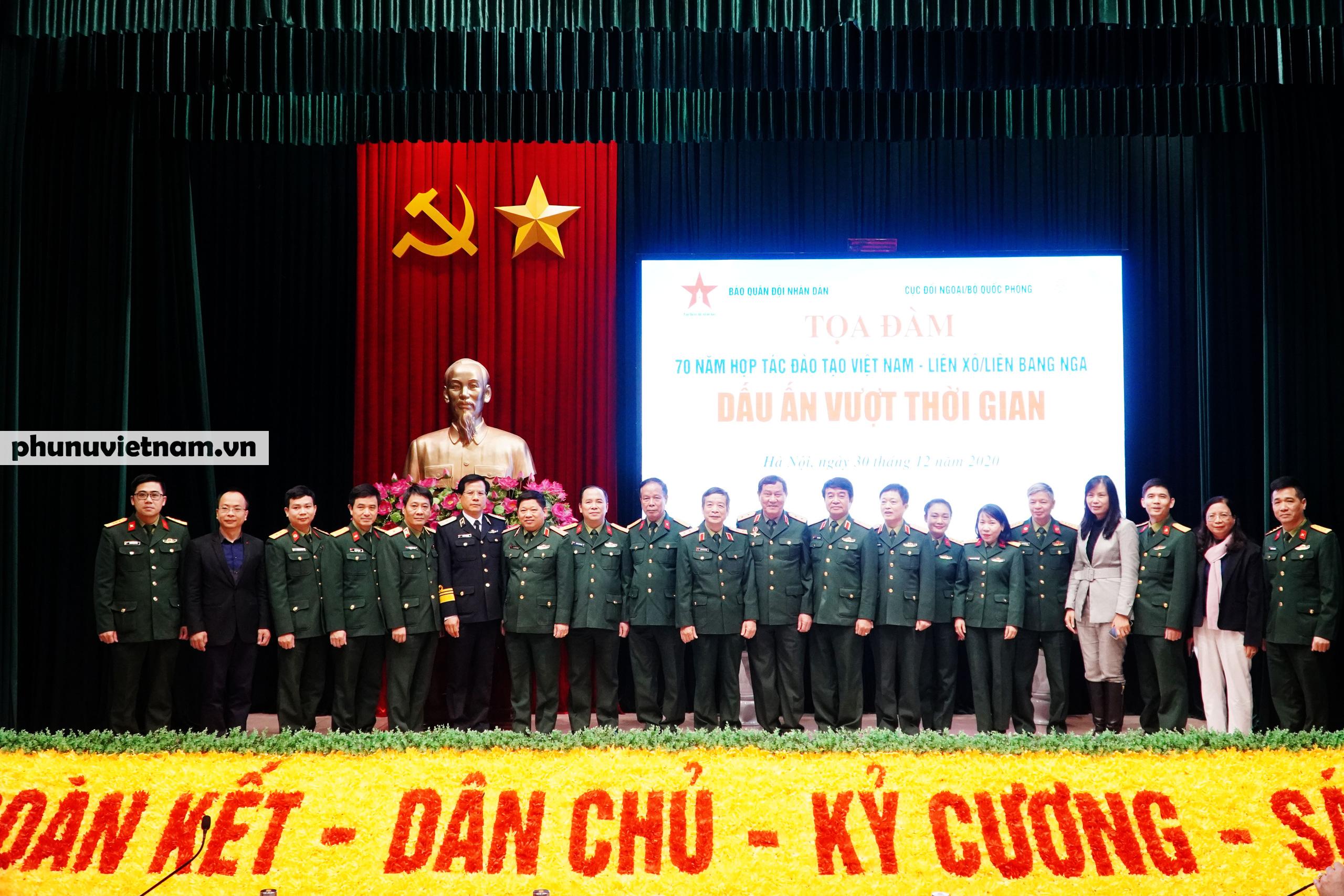 """Kỷ niệm 70 năm hợp tác đào tạo Việt Nam - Nga: """"Những gì tôi làm đều gắn với tiếng Nga, gắn với Bác Hồ"""" - Ảnh 1."""