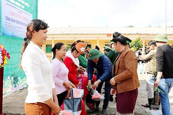 """Chủ tịch Hội LHPN tỉnh Sơn La: """"Đồng hành cùng phụ nữ biên cương"""" giúp nâng cao đời sống của đồng bào DTTS - Ảnh 2."""