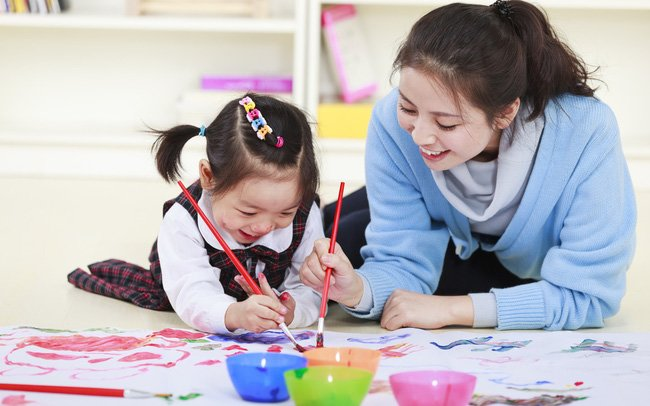 5 điều không có lợi cho trí thông minh của bé nhưng cha mẹ vẫn thường làm - Ảnh 2.