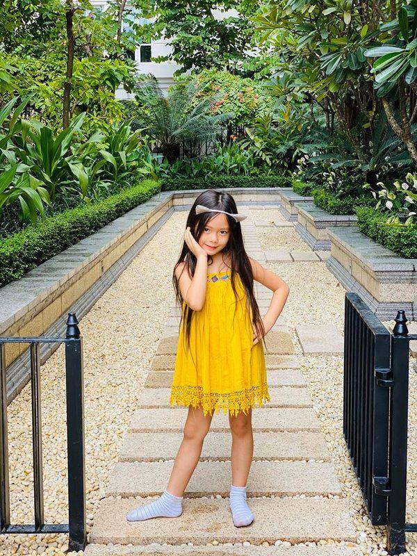 Mê phong cách của con gái Đoan Trang, các mẹ học ngay cách chọn đồ hè cho công chúa cưng - Ảnh 9.