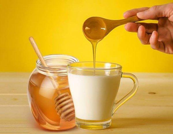 6 cách làm trắng da bằng mật ong giúp chị em không sợ đen vì nắng hè  - Ảnh 5.