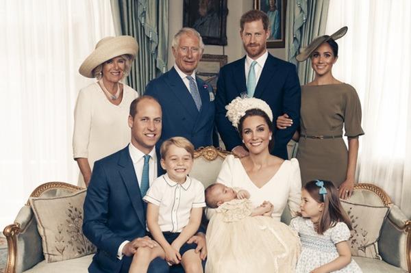 Giữa lúc em trai và em dâu bỏ đi, Hoàng tử William  đau lòng khi nhớ về Công nương Diana - Ảnh 3.