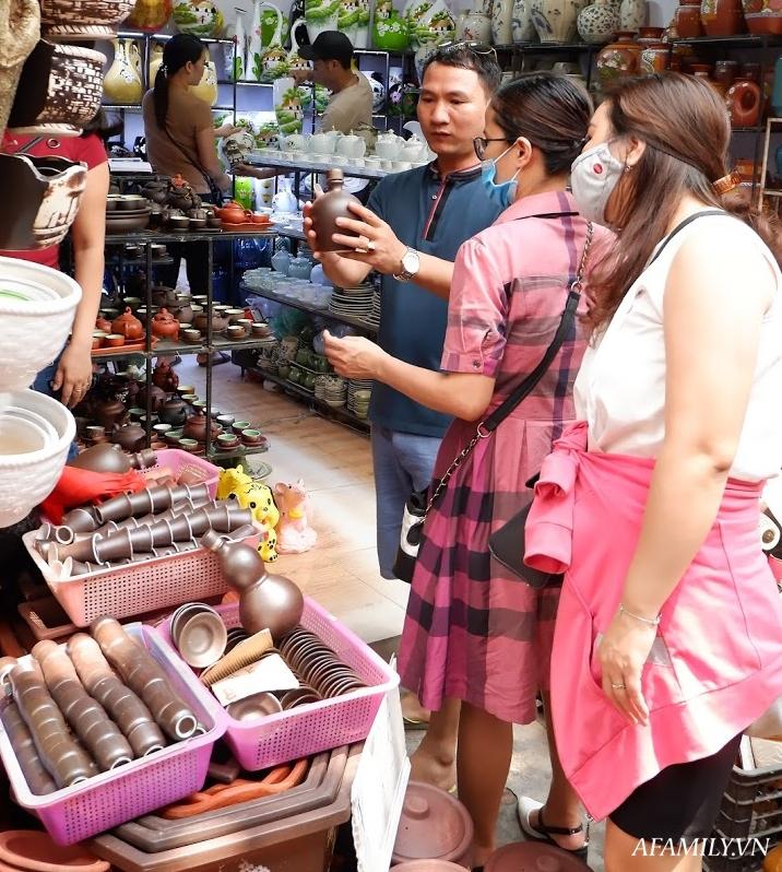Kinh nghiệm chọn mua đồ gốm sứ Bát Tràng để mười mẫu thì an toàn và chất lượng cả mười - Ảnh 3.