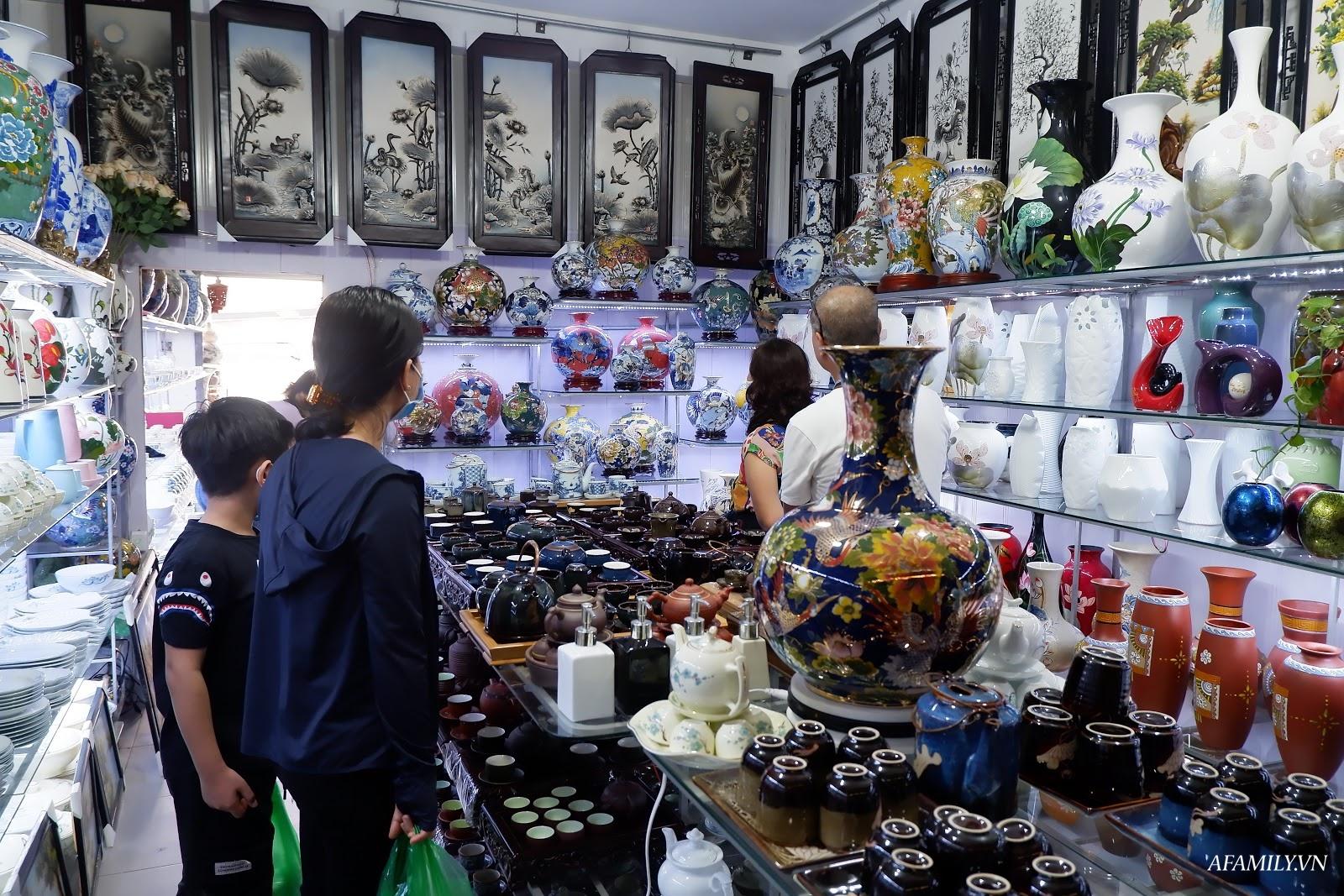 Kinh nghiệm chọn mua đồ gốm sứ Bát Tràng để mười mẫu thì an toàn và chất lượng cả mười - Ảnh 2.