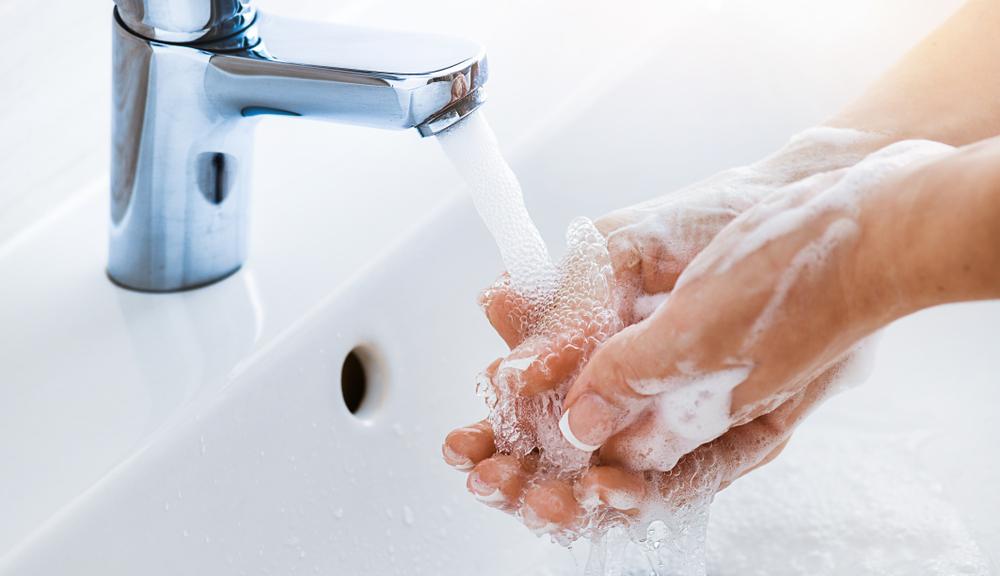 Bảo vệ bạn mọi lúc mọi nơi với gel rửa tay khô Aiken - Ảnh 1.