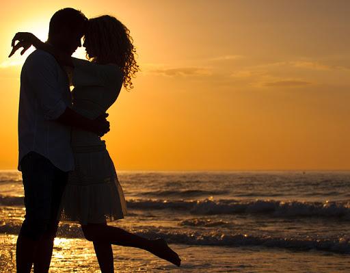 Chọn lối nào khi ta đứng giữa ngã ba tình yêu? - Ảnh 2.