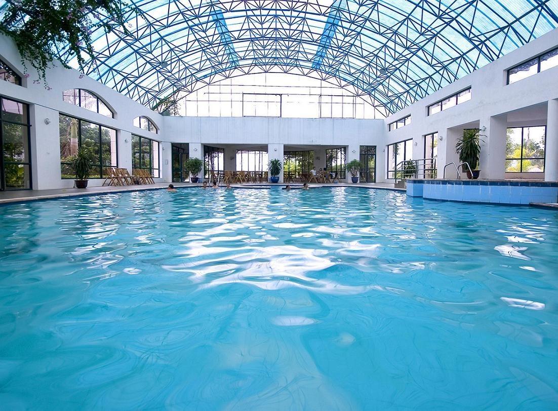 Cập nhật giá vé thời điểm hiện tại của các bể bơi ở Hà Nội theo quận giúp chị em dẫn cả gia đình tới giải nhiệt ngày hè khỏi lăn tăn - Ảnh 5.