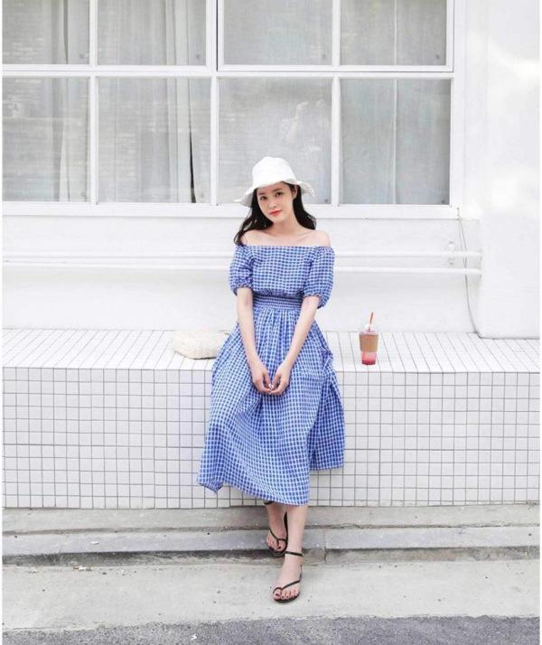 Chẳng cần bikini khoe da thịt, Chi Pu vẫn gợi cảm với đường cong lấp ló nhờ kiểu váy này - Ảnh 11.