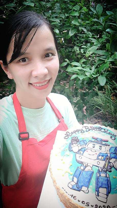 Làm bánh kem đẹp như tranh, mẹ Nha Trang vừa trông con vừa kiếm được tiền triệu - Ảnh 1.