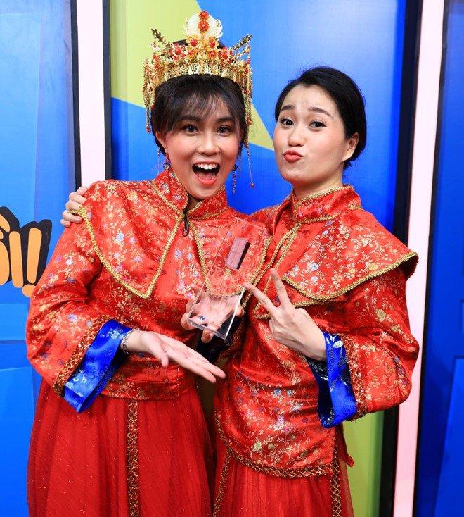 Làm Lâm Vỹ Dạ điêu đứng, cô gái hot nhất nhì làng streamer xuất sắc đoạt cúp Ơn Giời - Ảnh 2.