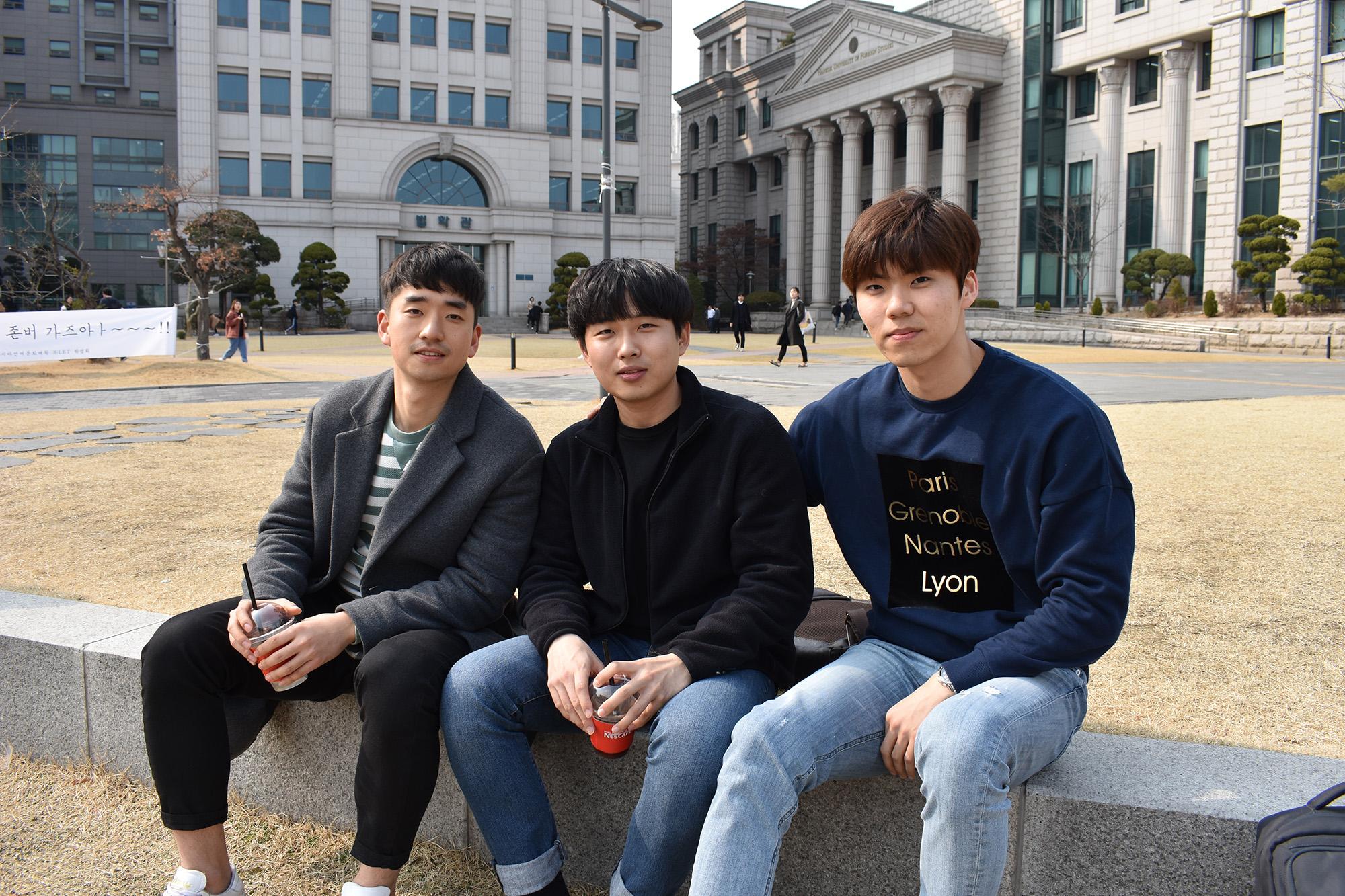 Bất chấp bao năm rèn luyện đèn sách, tại sao tốt nghiệp đại học, người trẻ Hàn Quốc lại đi làm... công nhân vệ sinh? - Ảnh 4.
