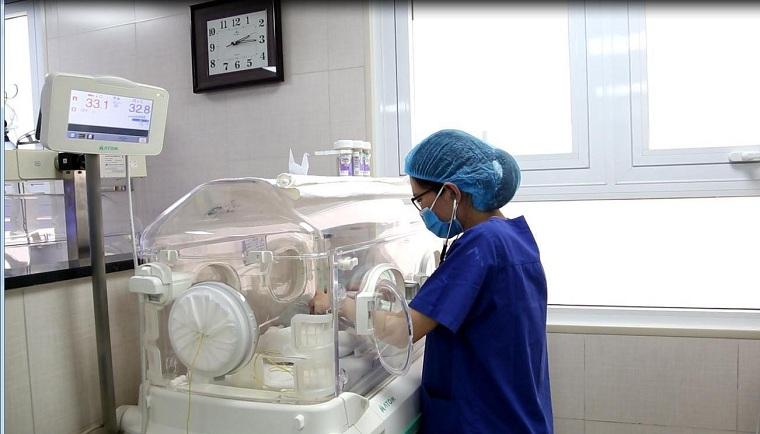 76 ngày giành giật sự sống cho bé sinh non ở tuần 26, nặng 600g - Ảnh 2.