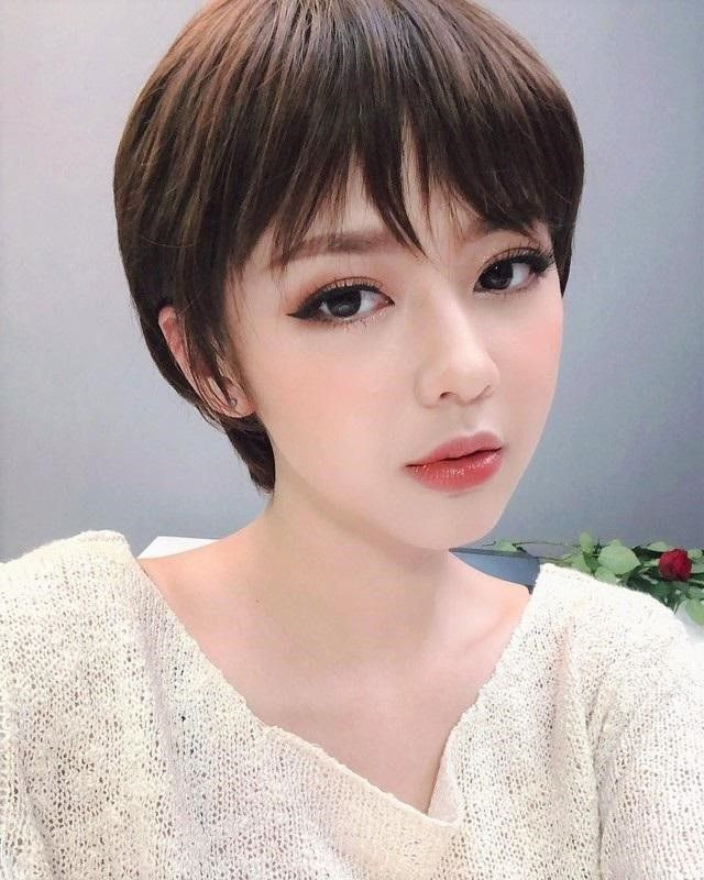 15 kiểu tóc tém đẹp nhất năm 2020 cho nữ phù hợp với mọi khuôn mặt - Ảnh 1.