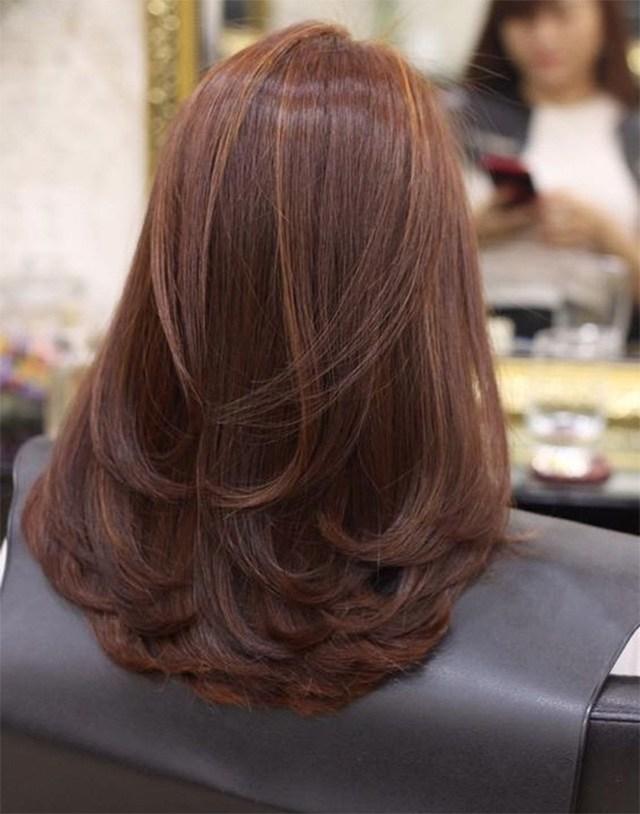 25 kiểu tóc uốn đuôi đẹp trẻ trung dẫn đầu xu hướng năm 2020 - Ảnh 15.