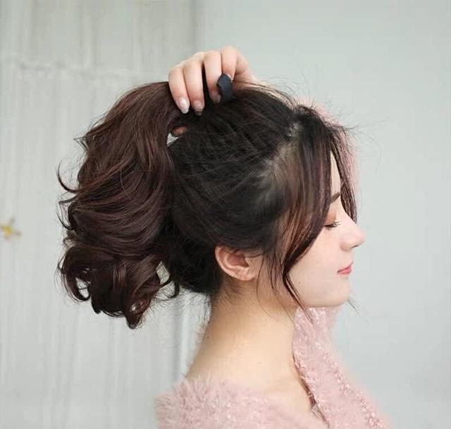 25 kiểu tóc uốn đuôi đẹp trẻ trung dẫn đầu xu hướng năm 2020 - Ảnh 9.