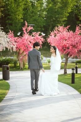 Ngất ngây bộ ảnh cưới đẹp như mơ tại vườn Nhật Bản Vinhomes Smart City - Ảnh 4.