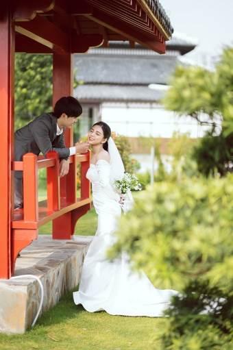 Ngất ngây bộ ảnh cưới đẹp như mơ tại vườn Nhật Bản Vinhomes Smart City - Ảnh 10.