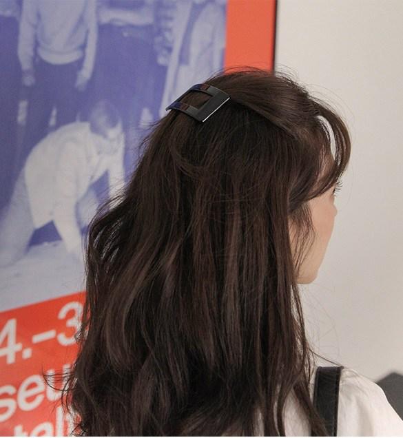 4 món phụ kiện tóc thời xưa ơi là xưa nhưng hè này diện lên lại sành điệu vô cùng - Ảnh 21.