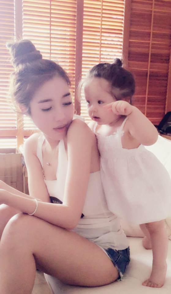 Lâu lắm Elly Trần mới khoe hình con gái, ai ngờ Cadie Mộc Trà đã điệu như nàng thơ - Ảnh 11.