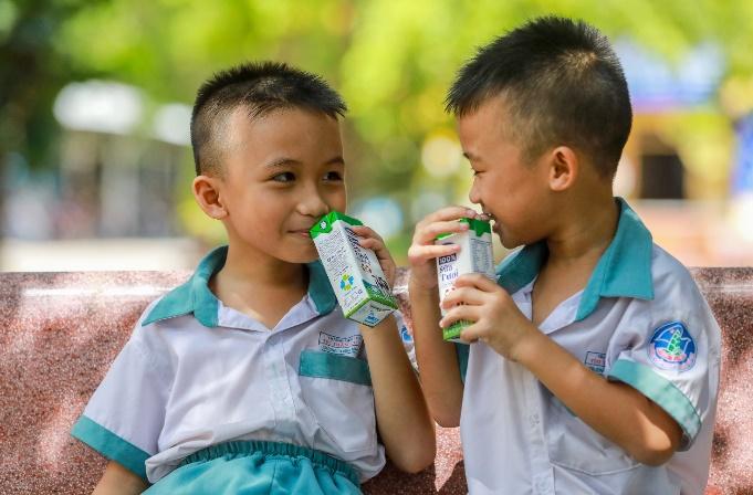 Thêm nhiều niềm vui đến lớp cho trẻ với giờ uống sữa học đường - Ảnh 4.